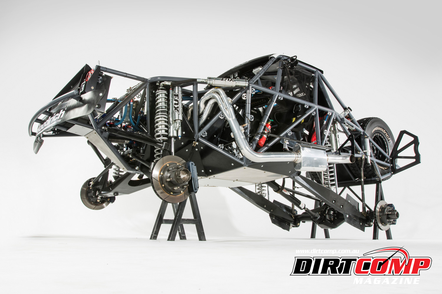 FEATURE: LACEY'S MICKLEFAB TROPHY TRUCK – DirtComp Magazine
